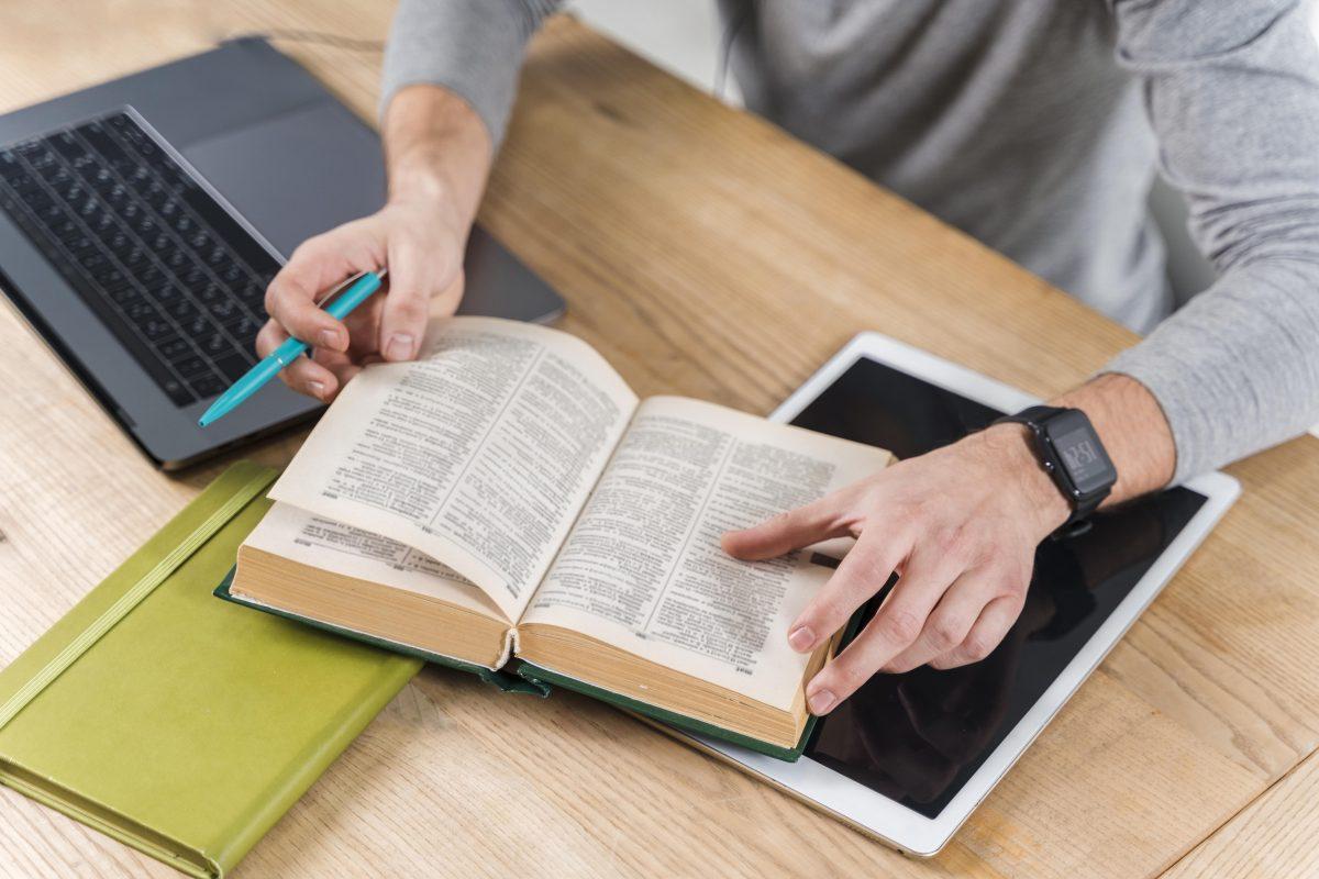 RACCONTIAMO, il piacere di leggere e scrivere. La forza delle parole